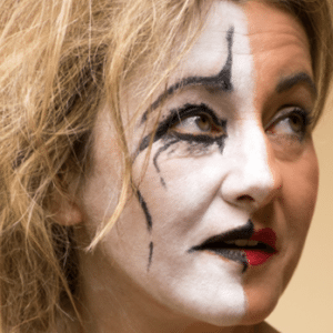 Festival NADOSAH – Netradiční divadla na Karmeli