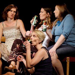 Divadlo Naštěkaná aneb 4 ženy v maloměstě VYPRODÁNO