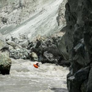 Sjezd legendární řeky Muksu v Tájikistánu