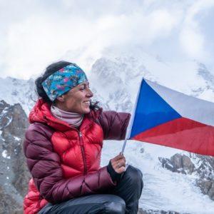 Letní kino Na Karmeli – K2 – vlastní cestou